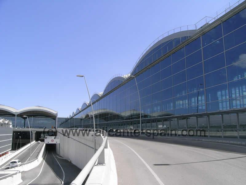 Aeroporto Alicante : Alicante airport
